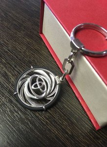 Fabrika Masterov Брелок для автомобиля Toyota из серебра 925 пробы - фото 2
